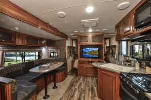 Top 5 Best Travel Trailers For Large Families