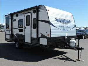 Brilliant The 2012 IGo Lite Is Available In Eight Floor Plans, Including Six Travel Trailers Less Than  5,000 Pounds IGo LiteLightweight, Affordable Quality The Concept Of The New IGo Lite Travel Trailers And Fifth Wheels Is To Provide