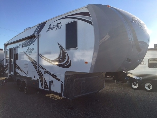 Top 5 Best Highly Insulated Travel Trailers For Use in Alaska and