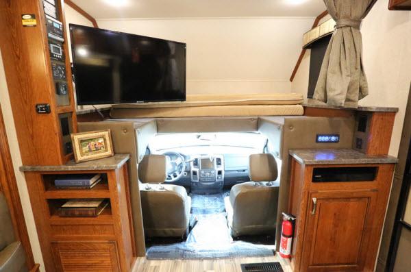 Top 5 Best Class C Motorhomes With Bunk Beds Rvingplanet