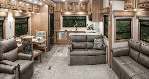 Awe Inspiring Top 5 Best Cozy Fifth Wheel Campers For Winter Rvingplanet Download Free Architecture Designs Momecebritishbridgeorg
