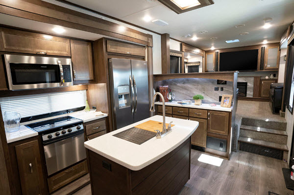 Top 5 Best Bunkhouse Fifth Wheel Campers For Large